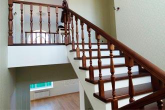 Безопасность на деревянных лестницах